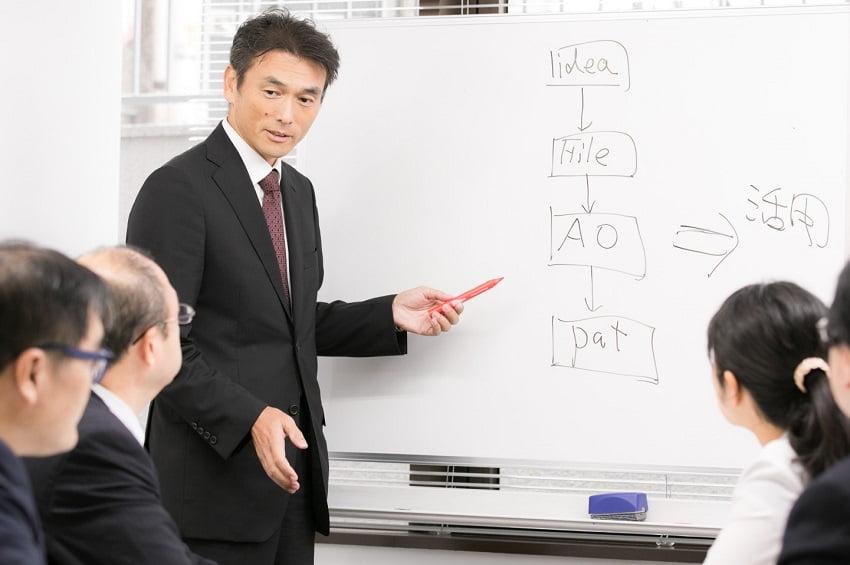 知財の収益化コンサルタントの弁理士・須藤修三さん5